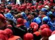 Demo Buruh. Massa buruh berunjuk rasa di Bundaran Hotel Indonesia, Jakarta, Rabu (10/12).
