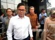 Dirut Garuda Indonesia Pahala N Mansury berjalan seusai melakukan pertemuan dengan pimpinan KPK di gedung KPK, Jakarta, Senin (11/9)
