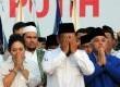 Hatta Rajasa dan Prabowo.