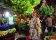 Kesibukan pedagang dan pembeli terlihat di Pasar Senen, Jakarta Pusat, Senin (4/3).   (Republika/Aditya Pradana Putra)