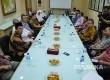 Ketua DPP PKS Bidang Polhukam Almuzzamil Yusuf berbicara dalam pertemuan dengan jajaran redaksi Republika di Jakarta, Senin (17/4)