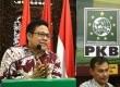 Ketua Umum Partai Kebangkitan Bangsa (PKB), Muhaimin Iskandar memberi sambutannya dalam diskusi Membangun Indonesia dari Pertanian dan Pengatan Desa di Kantor PKB, Jakarta, Ahad (24/8).