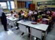Masuk Pertama Sekolah: Siswa kelas 1 Sekolah Dasar Negeri (SDN) Menteng 03 Pagi, Jakarta Pusat mengikuti pengenalan sekolah saat masuk pertama, Senin (27/7).