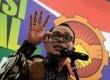 Menteri Ketenagakerjaan Hanif Dhakiri berbicara kepada media di kantor Kemenaker, Jakarta, Kamis (20/8).