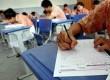 Para siswa mengikuti pelaksanaan ujian nasional (UN) hari terakhir di ruang kelas SMUN 1 Jakarta, Kamis (18/4).   (Republika/Prayogi)