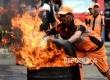 Pelatihan Memadamkan Kebakaran. Petugas PPSU Kelurahan Jagakarsa mengikuti pelatihan memadamkan kebakaran bersama petugas Pemadam Kebakaran di Kantor Sudin Penanggulangan Kebakaran dan Penyeamatan Seksi X Kecamatan Jagakarsa, Jakarta Selatan, Selasa (30/8)