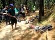 Penggemar Mobil RC offroad komunitas RC Adventure Bintaro BSD (BiBes) menjajal track berpasir di Taman Kota Dua Tanggerang