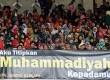 Peringatan Milad Seabad Muhammadiyah yang dihadiri oleh sekitar seratus ribu peserta di Gelora Bung Karno (GBK), Jakarta, Ahad (18/11).  (Republika/Aditya Pradana Putra)