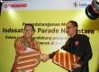 President Director  dan CEO PT Indosat, Tbk  Alexander Rusli dan Ketua Umum Parade Nusantara Sudir Santoso di Jakarta, Rabu (30/9).
