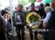 Prosesi pemakaman jenazah Adi Sasono secara militer di Pemakaman Tanah Kusir, Jakarta, Ahad (14/8). (Republika/Agung Supriyanto)