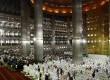 Ribuan umat muslim melaksanakan salat Idul Adha di masjid Istiqlal, Jakarta, Jumat (26/10).(Adhi Wicaksono)