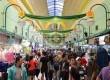 Warga ibukota masih memadati pusat perbelanjaan di kawasan Blok M, Jakarta Selatan, Selasa (6/8). (Republika/Agung Supriyanto)