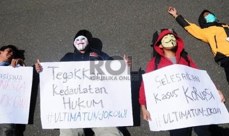 Ultimatum Mahasiswa: 20 Mei Jokowi Harus Mundur