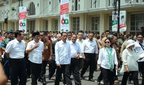 Presiden Joko Widodo memantau langsung persiapan jelang pelaksanaan Konferensi Asia Afrika (KAA) ke-60 di Bandung, Kamis (16/4).