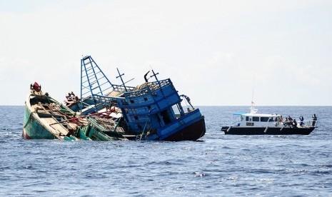 Dua Kapal Tabrakan di Kepulauan Seribu