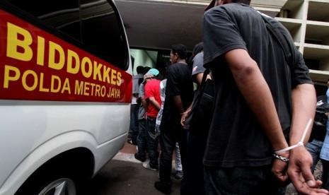 99 pelaku bentrok Cengkareng  diamakankan di Polda Metro Jaya
