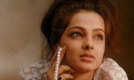 Aktris Bollywood, Manta Kulkarani.