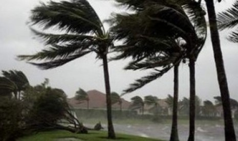 45 Rumah di Tiga Kecamatan Sukabumi Rusak Akibat Angin Kencang