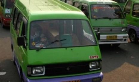 Angkot Kota Bogor Mogok Operasi