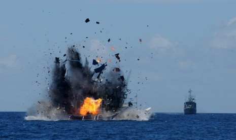 Indonesia, UK agree to strengthen cooperation to adress illegal fishing
