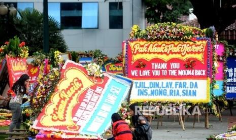 Karangan Bunga Dipandang Djarot Sebagai Demo Cinta Warga