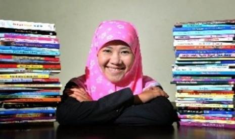 Asma Nadia, penulis Novel