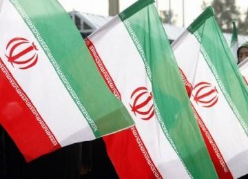 Iran Gantung Tiga Pemerkosa di Depan Umum