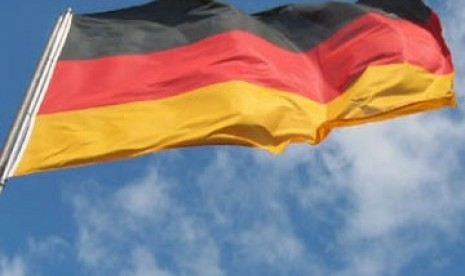 German police arrest its soldier suspected of planning attack