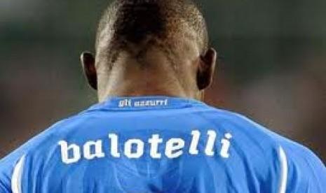 Berharap Kembali ke Timnas. Mario Balotelli berharap bisa memperkuat Timnas Italia dalam Piala Eropa 2012 mendatang.