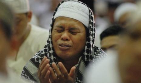 Berzikir dan Berdoa