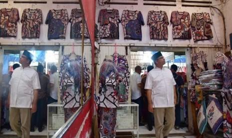 Anies: Jakarta Bisa Menjadi Tempat Berkumpulnya Batik Nasional