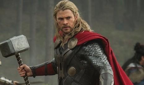 Rilis Trailer Pertama Ragnarok, Thor Berhadapan dengan Hulk