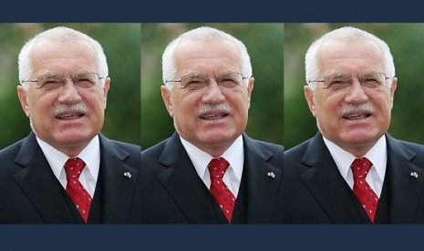 Czech President Vaclav Klaus (file photo)