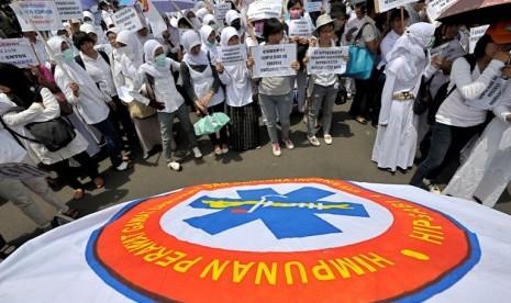 Besok, Ribuan Perawat Unjuk Rasa di Gedung DPR