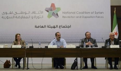 Dewan Koalisi Oposisi Suriah dalam sebuah pertemuan di Turki (Ilustrasi)