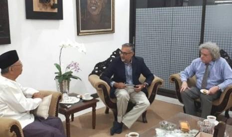 Berkunjung ke Tebuireng, Dubes Inggris Puji Islam Indonesia