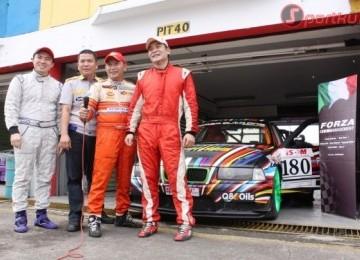 Championship Auto Racing Series on Forza Auto One Racing Team Yang Pada Seri 1 Menjuarai Semua Podium Di