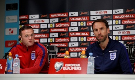 Southgate Cari Pengganti Wayne Rooney