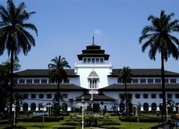 Gedung Sate, landmark kota Bandung.