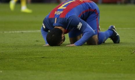 Inter Kembali Incar Gelandang Barca