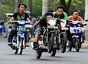 Pita Kuning, Identitas Geng Motor Sadis di Jakarta