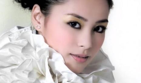 Tak Ada Cinta untuk Gillian Chung Dua Tahun ke Depan