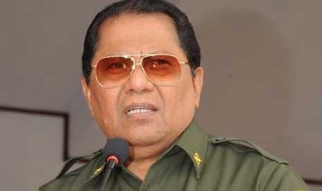 Gubernur Maluku Utara (Malut), Thaib Armaiyn