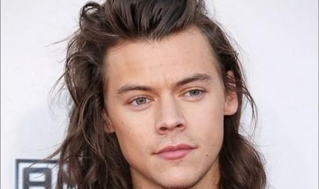 Harry Styles Takut Lagunya Nggak Laku