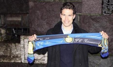 Hernanes bergabung Inter Milan.