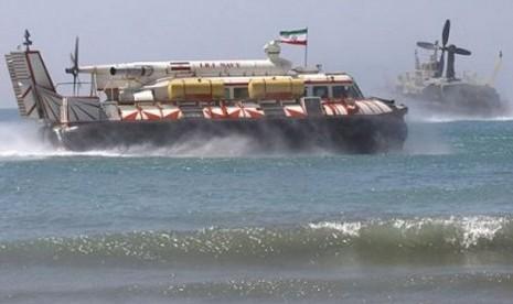 Iran Sesumbar Produksi Sendiri Hovercraft Peluncur Drone & Rudal