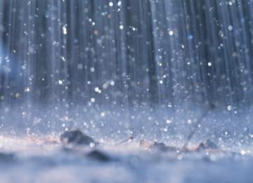 Hujan. Ilustrasi