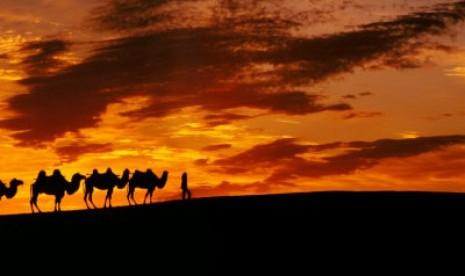 Zulkarnain, Penguasa Timur dan Barat (1)