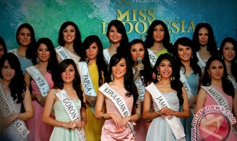 Indonesia on Vania Larissa  Miss Indonesia 2013   Republika Online