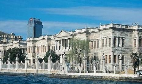 Istana Dolmabahce di Istanbul, Turki.